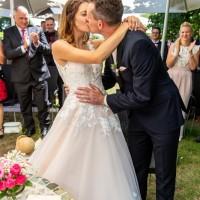 Hochzeitsfotografie Goitzsche in Bitterfeld Villa Bernsteinsee mit freier Trauung _9